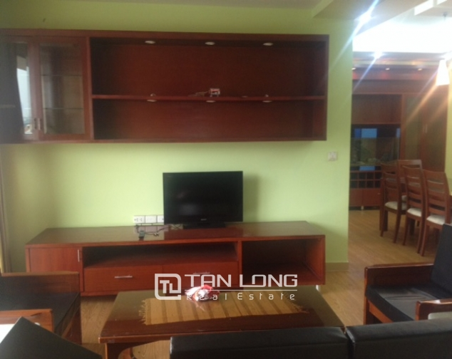 Spacious 4 bedroom apartment in G2 Ciputra Tay Ho for sale 3