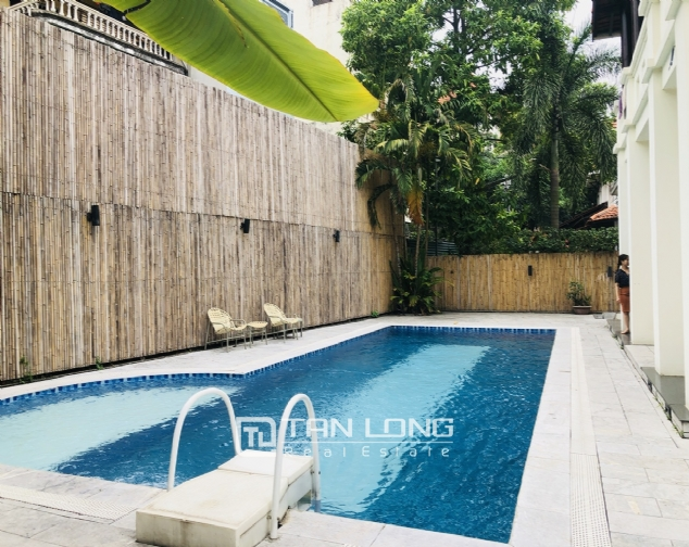 Spacious 5 bedroom villa with garden for rent in Dang Thai Mai, Tay Ho, Hanoi 7