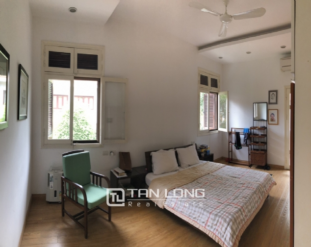Spacious 5 bedroom villa with garden for rent in Dang Thai Mai, Tay Ho, Hanoi 5