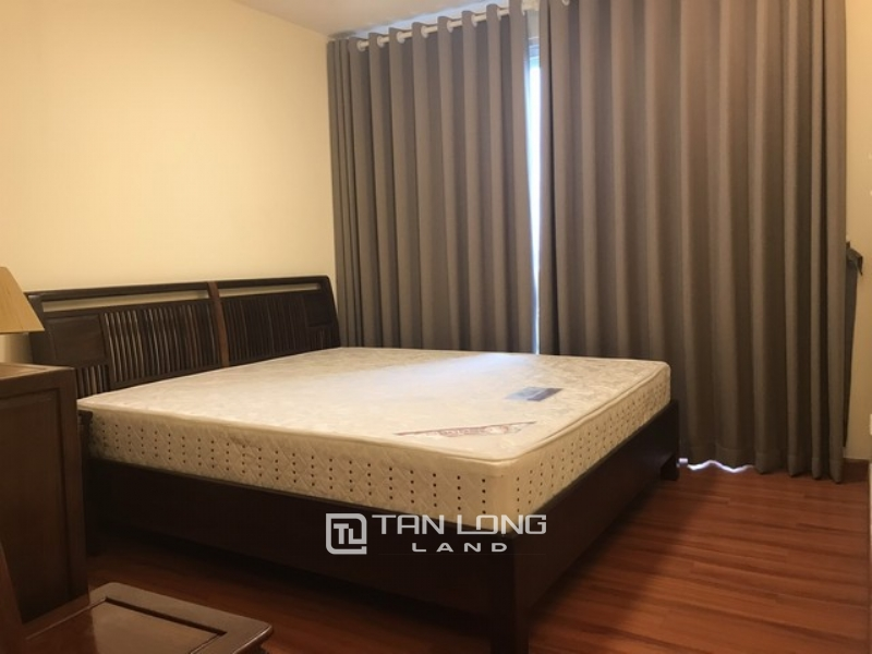 SPACIOUS and furnished 4 bedroom apartment for rent in P1 tower Ciputra urban area 1