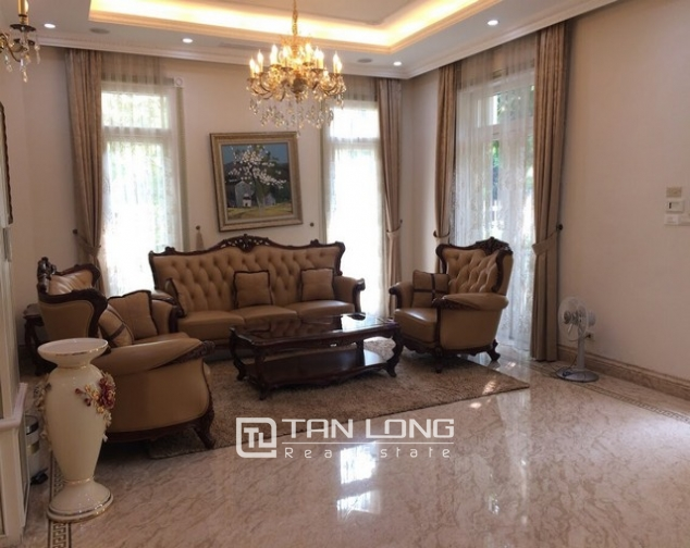 Spacious and gorgeous 5 bedroom villa for rent in T1 block Ciputra 2