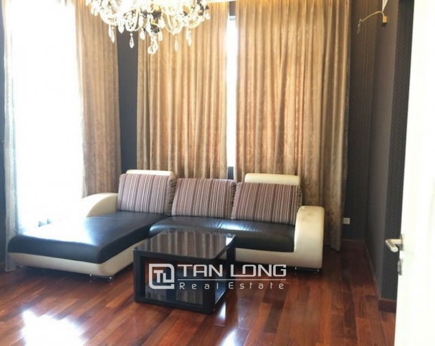 Spacious and gorgeous 5 bedroom villa for rent in T1 block Ciputra 7