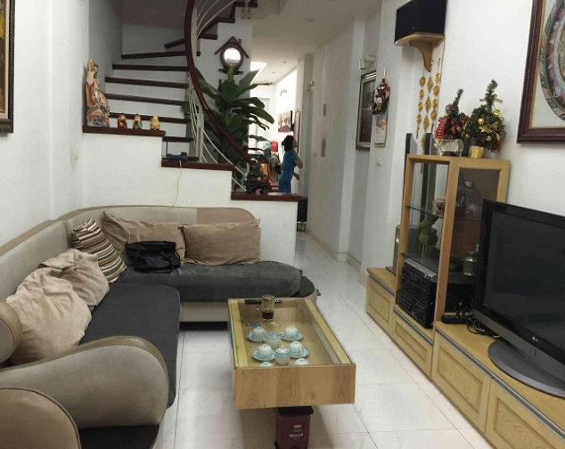 Spacious and modern 4 bedroom house for rent in Hai Ba Trung district 1
