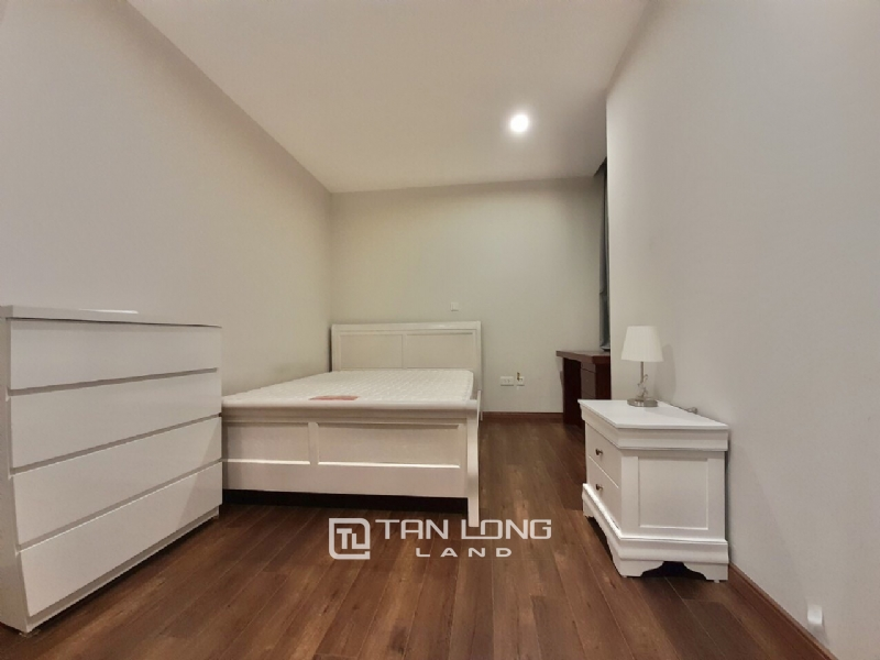 Spacious and new 3 bedroom apartment for rent in L3 The Link Ciputra 1