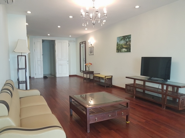 Spacious apartment for rent at Ciputra, Tay Ho distr., Hanoi