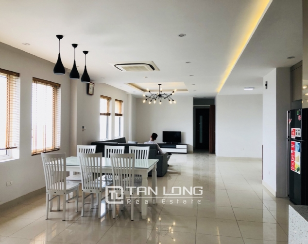 Spacious apartment for rent in Lac Long Quan street, Tay Ho district! 1