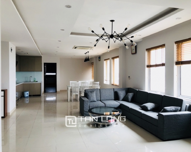 Spacious apartment for rent in Lac Long Quan street, Tay Ho district! 2