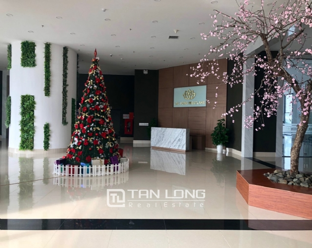 Spacious apartment with 2 bedroom in Lac Hong Building! 3