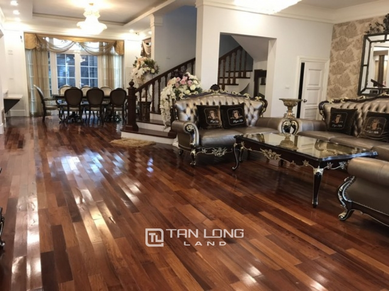Spacious furnished  corner villa for rent in Ciputra  in T block  with 4 bedrooms 1