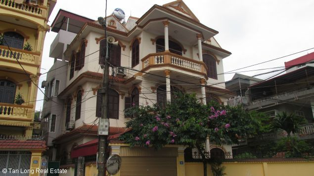 Spacious house for rent in Long Bien Dist, Hanoi. 2