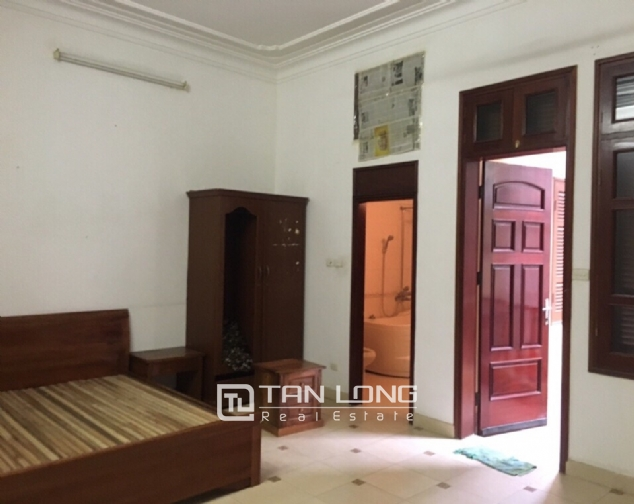 Spacious house with 4 bedroom in Au Co stress, Tay Ho District for rent 7