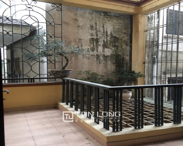 Spacious house with 4 bedroom in Au Co stress, Tay Ho District for rent 9