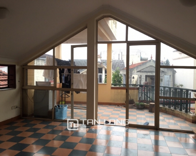 Spacious house with 4 bedroom in Au Co stress, Tay Ho District for rent 10