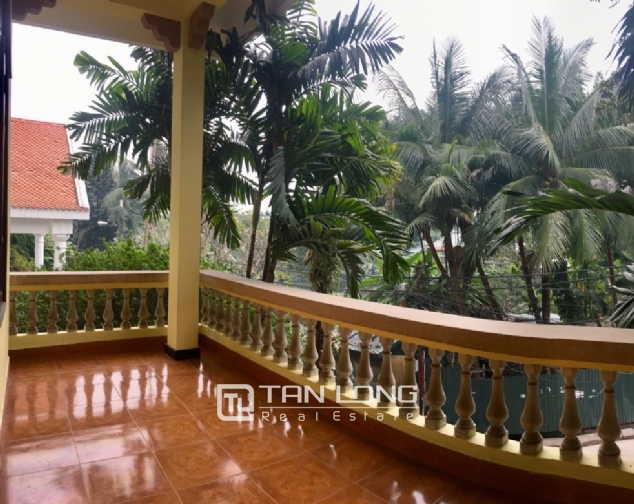 Spacious house with 5 bedrooms for rent on Xom Chua, Dang Thai Mai street! 9