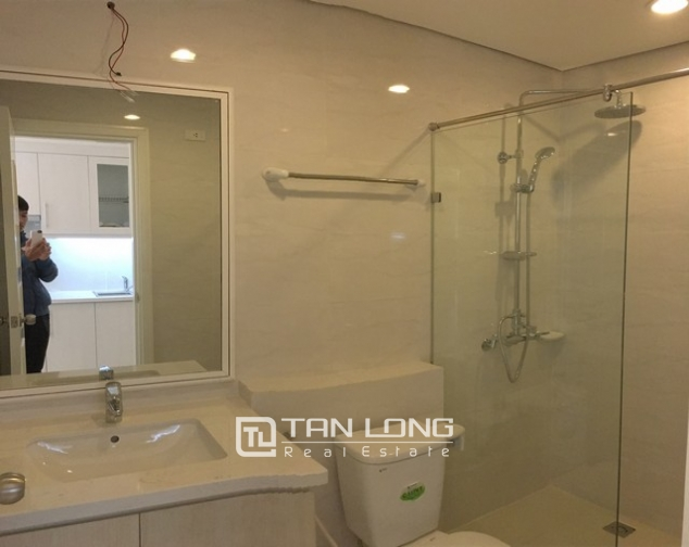 Spacious lakeview apartment in Lac Long Quan str., Tay ho dist., Hanoi for lease 7