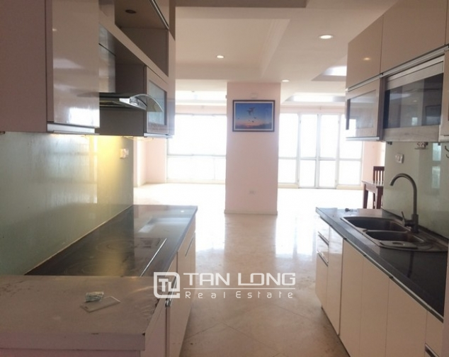 Spacious non furnished 3 bedroom apartment for rent in P building Ciputra, Tay Ho 3