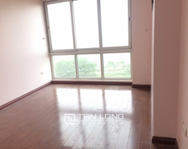 Spacious non furnished 3 bedroom apartment for rent in P building Ciputra, Tay Ho 6