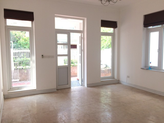 Spacious non furnished 4 bedroom villa for rent in T2, Ciputra