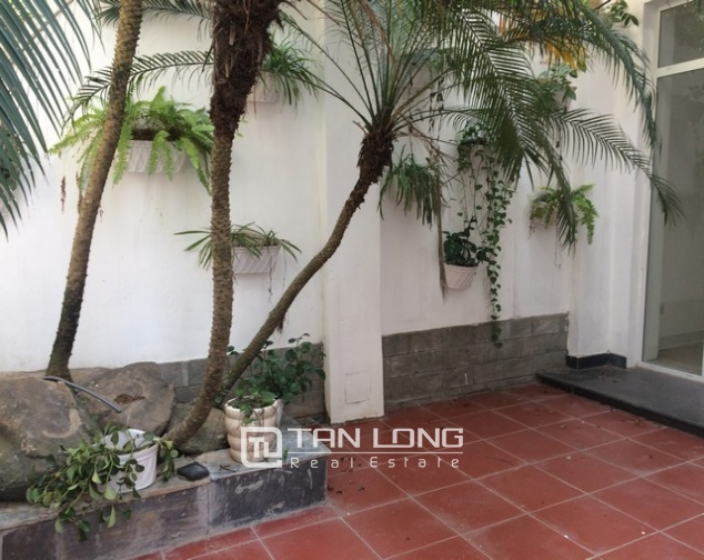 Spacious non furnished 4 bedroom villa for rent in T2, Ciputra 1