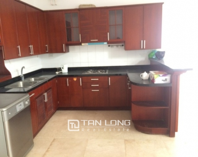 Spacious non furnished 4 bedroom villa for rent in T2, Ciputra 5