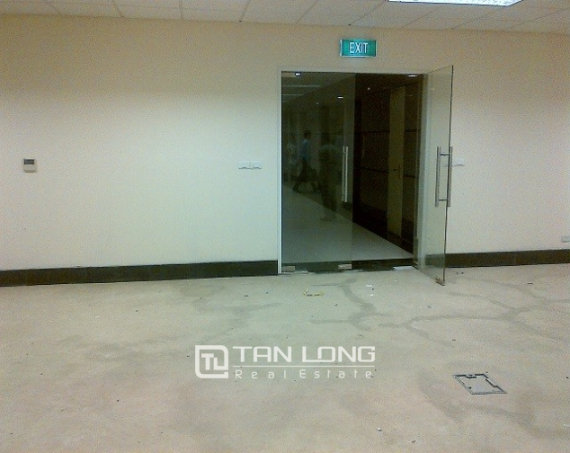 Spacious office for lease in Star tower, Duong Dinh Nghe Street, Cau Giay dist, Hanoi 1