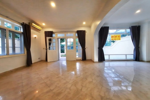 Spacious partialy furnished 5 bedroom villa for rent in C7 zone Ciputra Tay Ho Ha Noi