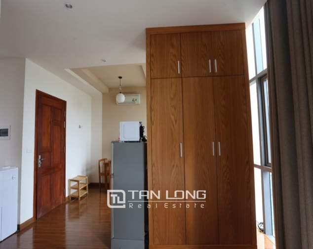 Spacious studio serviced apartment for rent in Duy Tan, Cau Giay district 4
