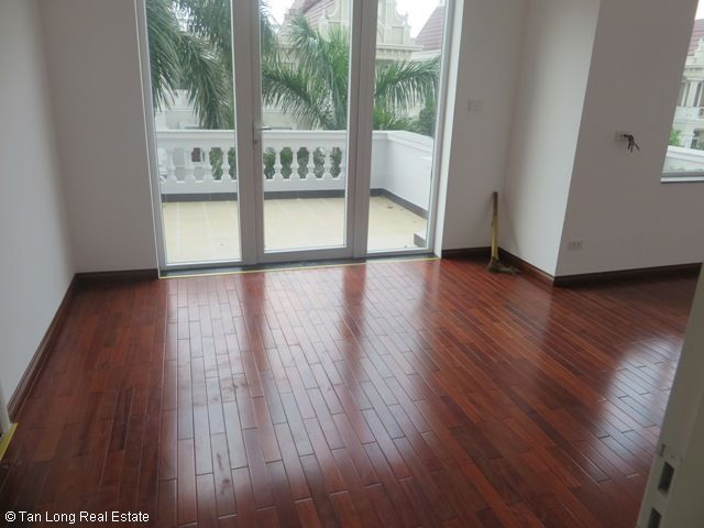 Spacious villa in T2 Block, Ciputra, Hanoi for lease at 3500USD 2