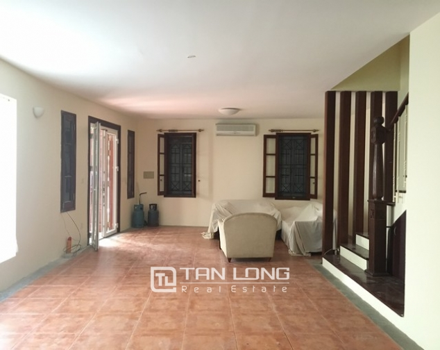 Spacious villa with 3 storeys, large garden in To Ngoc Van, Tay Ho for rent 9