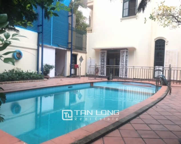 Spacious villa with garden and pool rental in Tay Ho street, Hanoi. 7