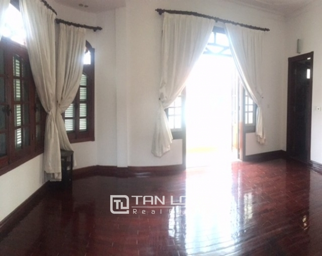 Spacious villa with garden and pool rental in Tay Ho street, Hanoi. 9
