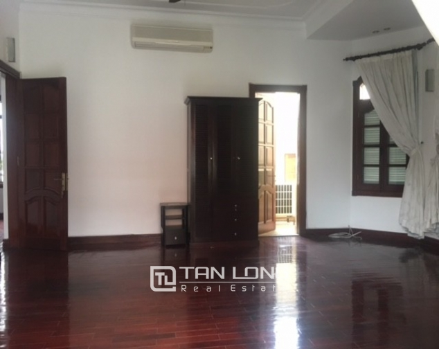 Spacious villa with garden and pool rental in Tay Ho street, Hanoi. 3