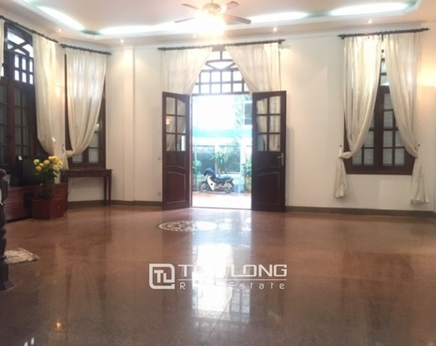 Spacious villa with garden and pool rental in Tay Ho street, Hanoi. 4