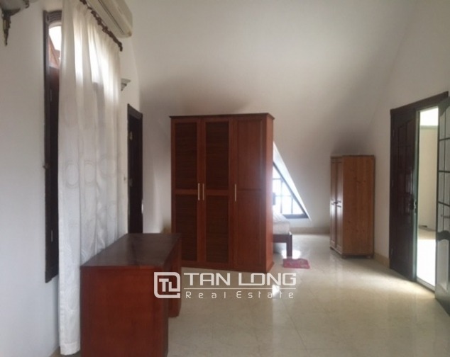 Spacious villa with garden and pool rental in Tay Ho street, Hanoi. 6