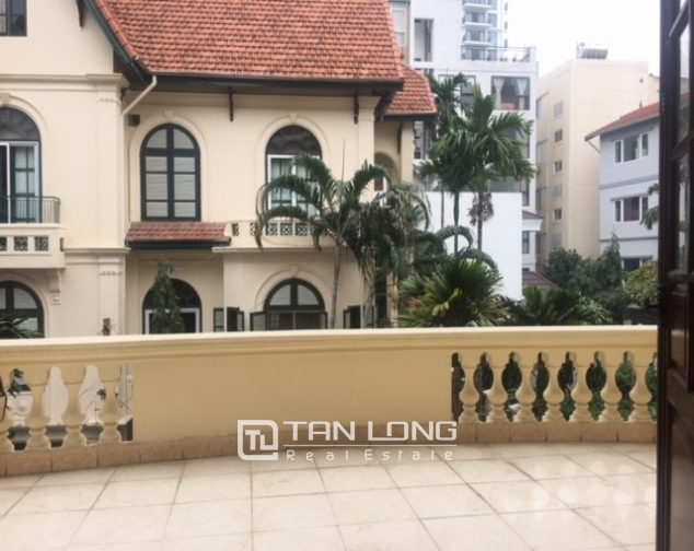 Spacious villa with garden and pool rental in Tay Ho street, Hanoi. 10