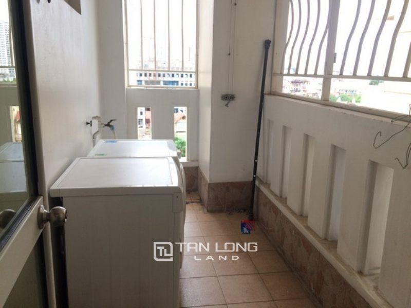 Spaciously renovated 3 bedroom apartment for rent in E4 tower Ciputra Tay Ho district 1