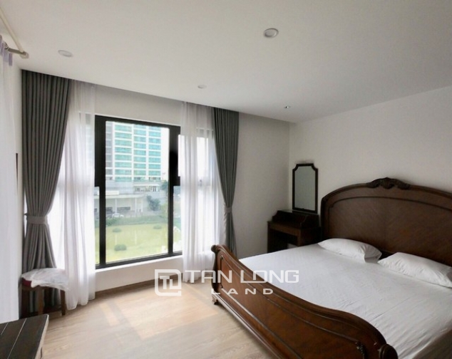 Splendid 2 bedroom apartment for rent in D.leroisolei Xuan Dieu street, Tay Ho district 3