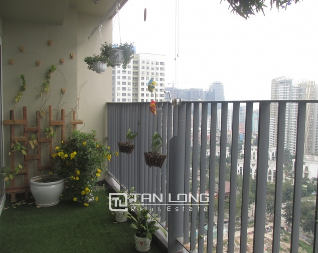 Splendid 3 bedroom apartment in N04 Hoang Dao Thuy for sale, full furniture 2