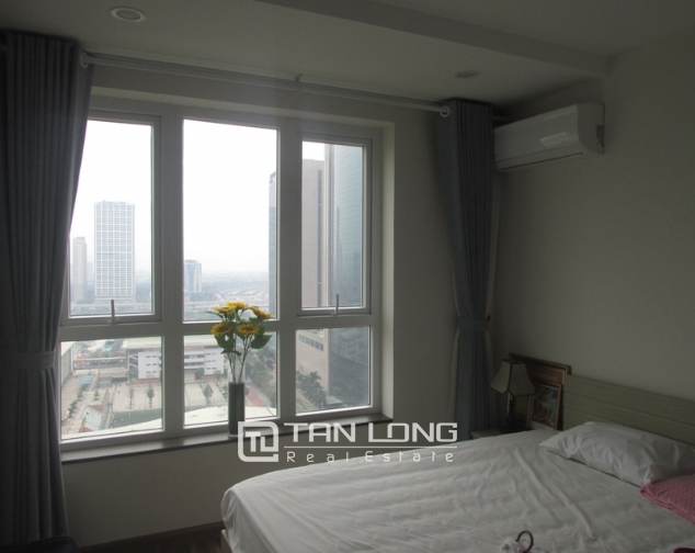 Splendid 3 bedroom apartment in N04 Hoang Dao Thuy for sale, full furniture 3