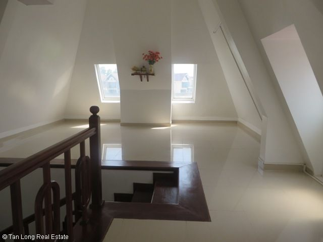 Splendid 3 storey, 4 bedroom villa for rent in T3 Ciputra, Hanoi 4