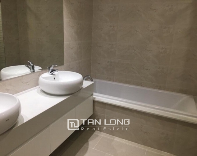 Splendid and full furniture 3 bedroom apartment for rent in Vinhomes Gardenia, Ham Nghi 5