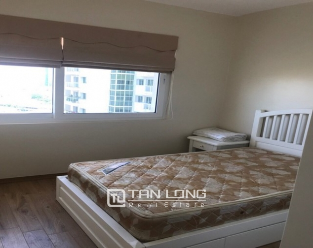 Splendid and fully furnished 3 bedroom apartment for rent in E4 building Ciputra Ha Noi 4