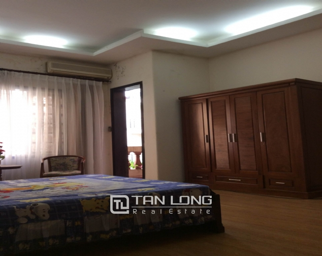 Splendid house for sale in Buoi street, Ba Dinh district. 7