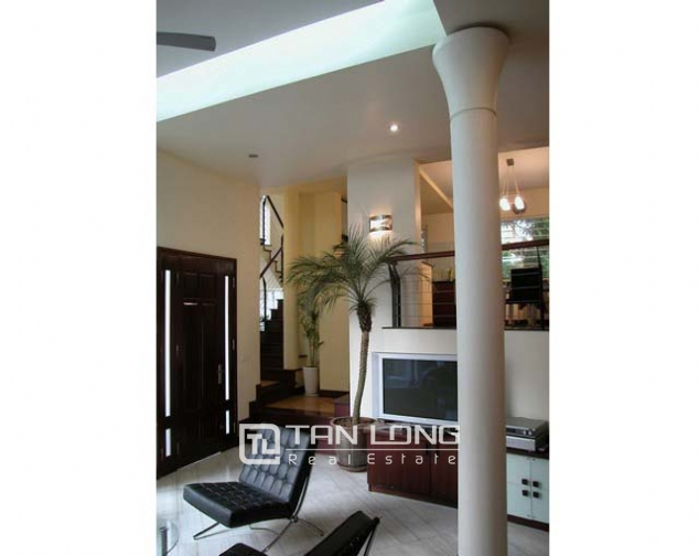 Splendid villa with 4 storey for lease in Tran Phu, Ba Dinh, Hanoi 3