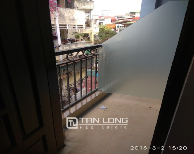 Studio for rent on Huynh Thuc Khang street, Dong Da 6