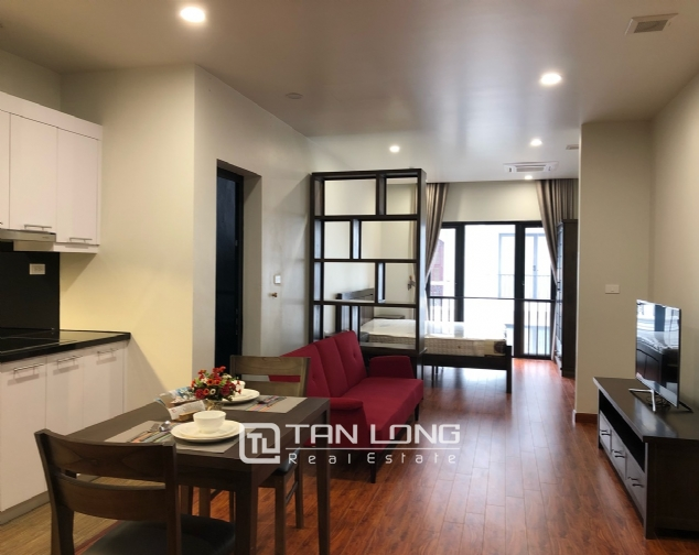 Studio for rent on Xuan Dieu street, Tay Ho district! 1