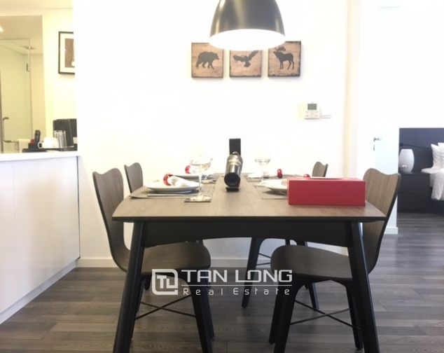 Stunning 1 bedroom serviced apartment for rent at Somerset West Point Hanoi Tay Ho area 2