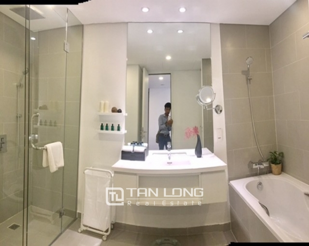 Stunning 1 bedroom serviced apartment for rent at Somerset West Point Hanoi Tay Ho area 8
