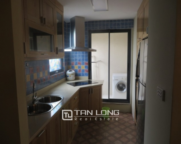 Stunning 2 bedroom apartment to rent in Hai Ba Trung, Hoan Kiem district, full of modern furniture 6
