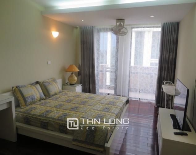 Stunning 2 bedroom apartment to rent in Hai Ba Trung, Hoan Kiem district, full of modern furniture 8
